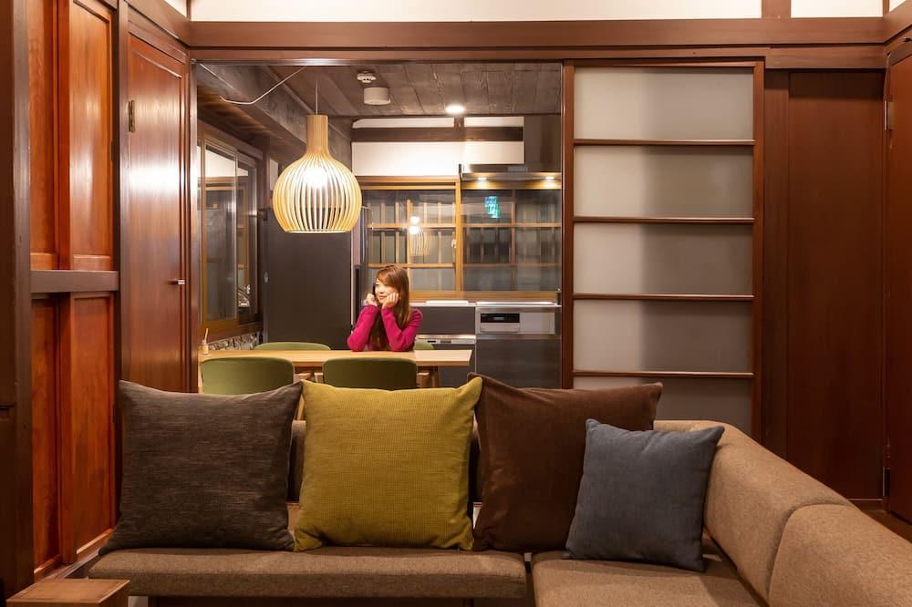 Izba (Sintaku A) - Obývačka