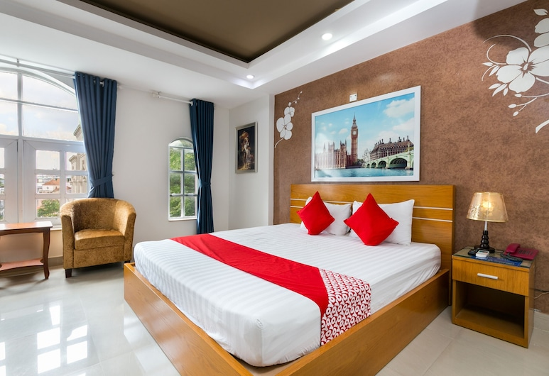 OYO 334 Milan Hotel, Ho Chi Minh City, Deluxe Double Room, Guest Room