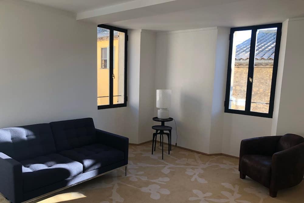 Superior Suite (Bauhaus) - Living Area