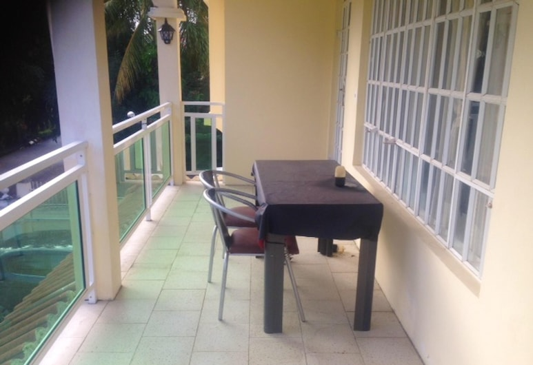 Apartment With 2 Bedrooms in Trou aux Biches, With Enclosed Garden and Wifi - 800 m From the Beach, Trou aux Biches
