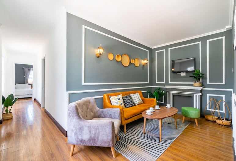 Chin Stays - Hotel and Apartment, Da Nang, Apartament rodzinny typu Suite, Salon