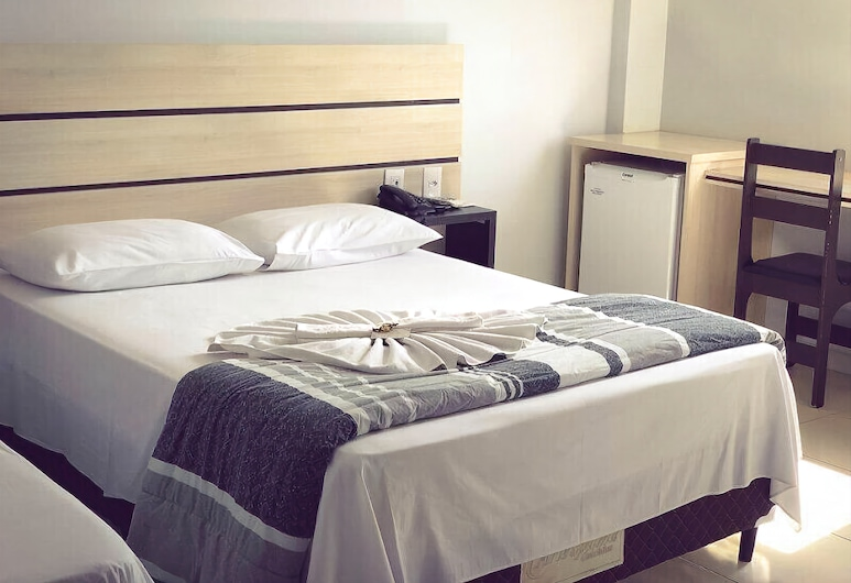 Dallas Hotel, Palotina, Deluxe Double or Twin Room, Guest Room