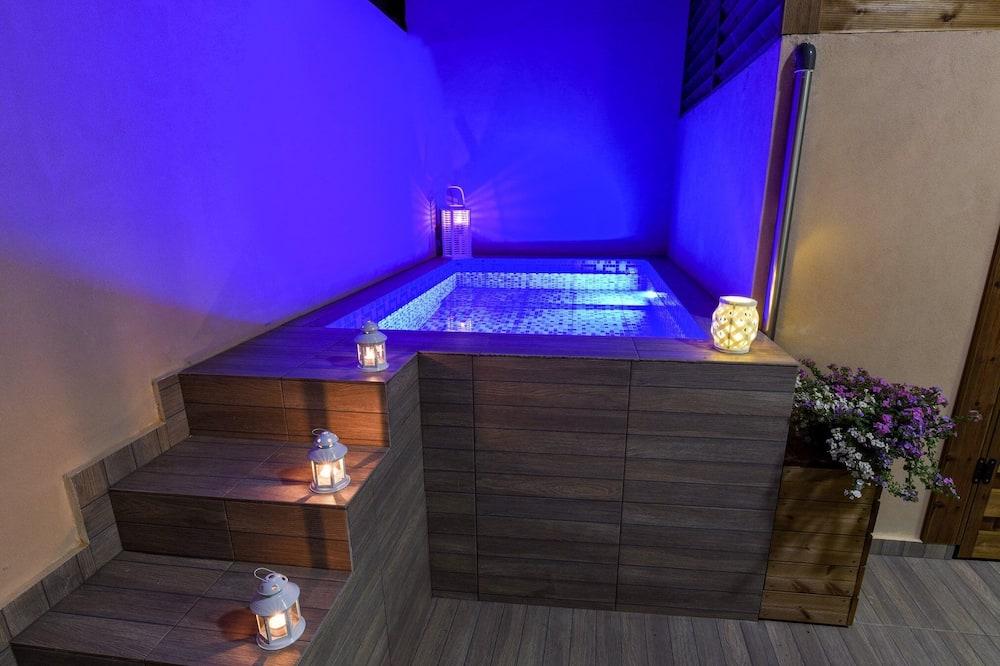 Apartment, Private Pool, Pool View - Private pool