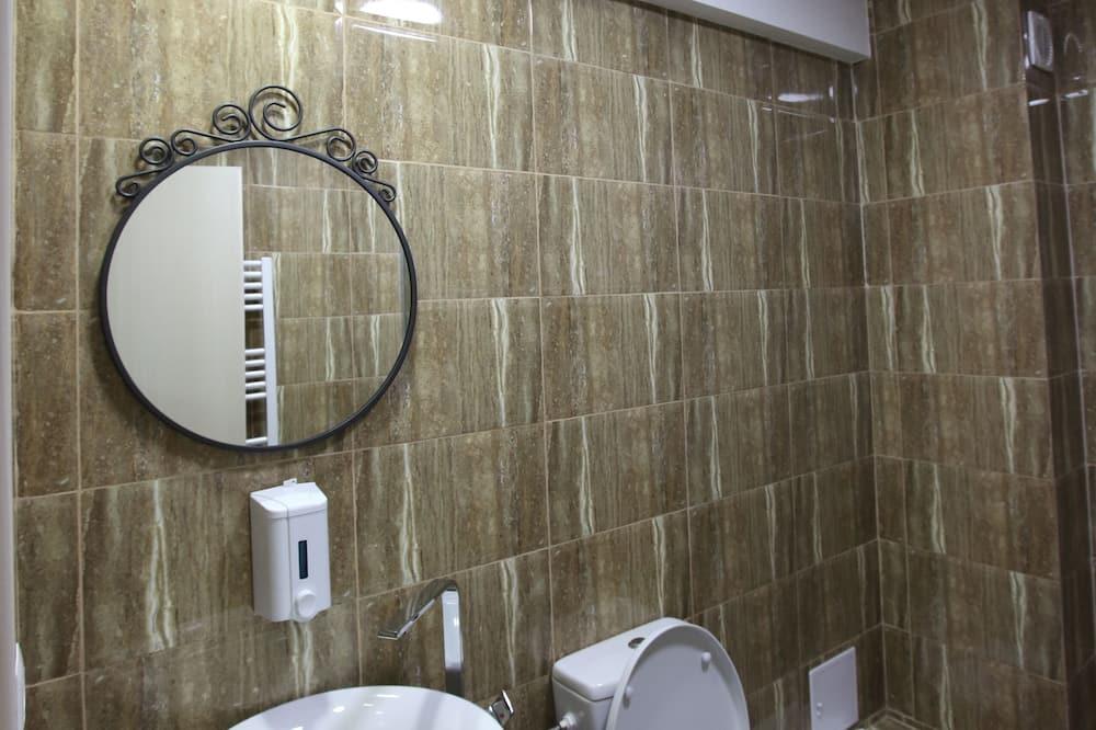 Chambre Double Deluxe, 1 très grand lit - Salle de bain