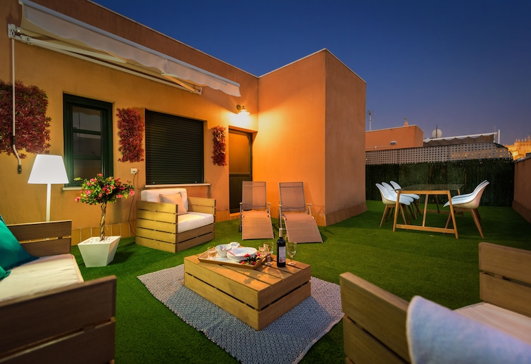 Amazing 3 Bedrooms Duplex With Great Loation and Huge Terrace. Zaragoza III, Seville, Apartment, 3 Bedrooms, Terrace/Patio