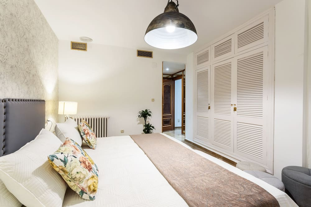Apartment (3 Bedrooms) - Room