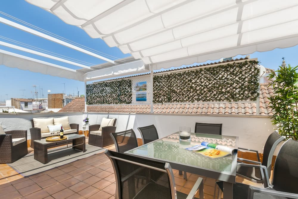 Apartment With 2 Private Terrace. 2 Bedrooms. 2 Bathrooms. Don Pelayo