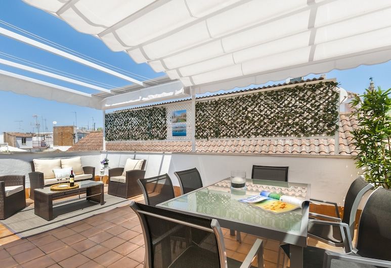 Apartment With 2 Private Terrace. 2 Bedrooms. 2 Bathrooms. Don Pelayo, Seville