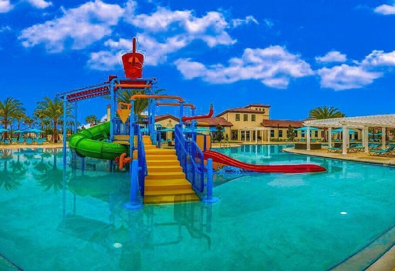 Free Waterpark! Minutes to Disney! Grand Opening Sale! PPP, Kissimmee, Pool