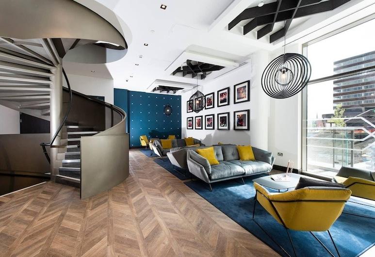 Lovely 2 Bed City Centre Apartment, Birmingham, Loftový byt, 2 spálne, Obývačka