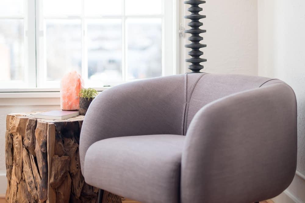 Camera Standard, 1 letto queen (Peaceful) - Area soggiorno