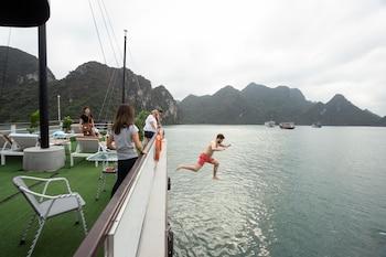 Picture of La Mignonne Cruises in Ha Long