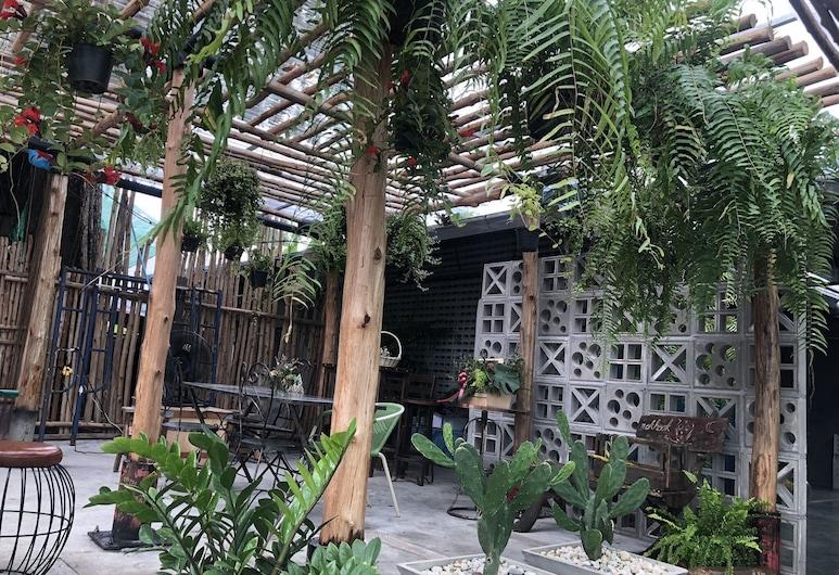 BaanNokhook Garden Hotel, Surat Thani, Fachada del hotel