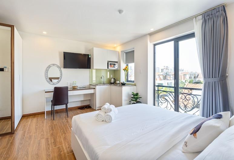 ザ ロイヤル ホテル & アパートメント, ホーチミン, スタンダード ダブルルーム クイーンベッド 1 台 バルコニー シティビュー, 部屋