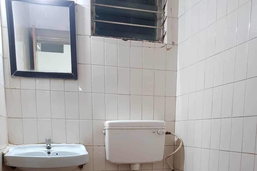 Economy - yhden hengen huone - Kylpyhuone