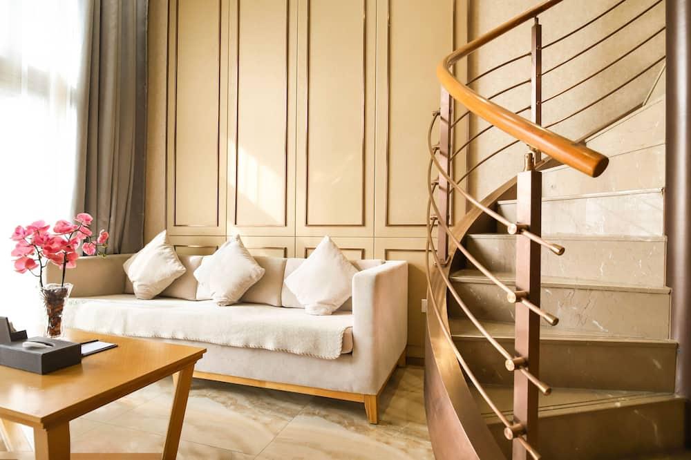 Executive Loft, 1 Double Bed - Living Area