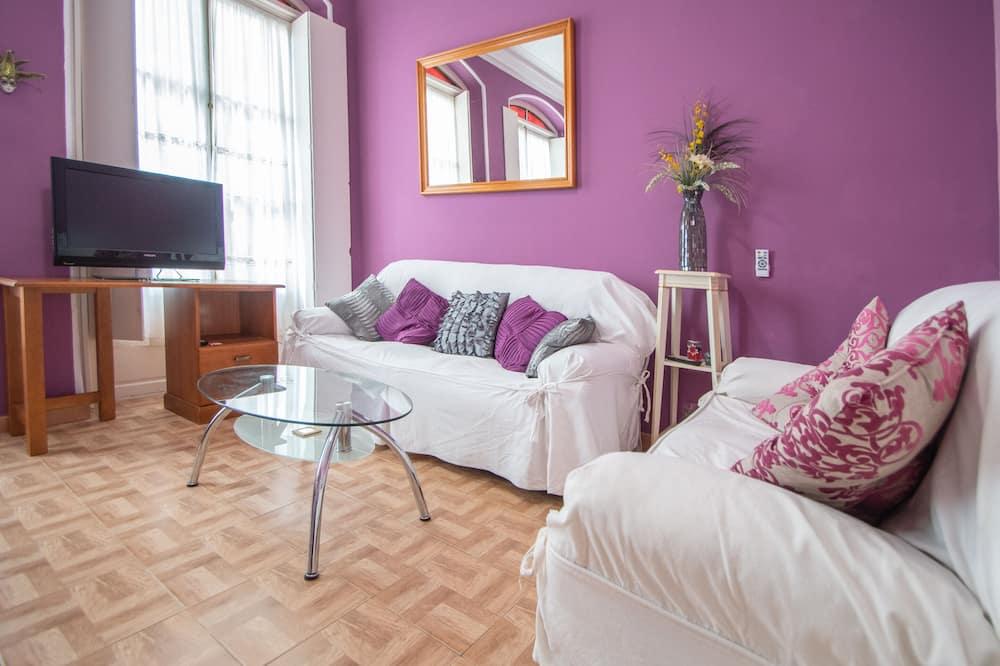 Міські апартаменти, 2 спальні - Вітальня