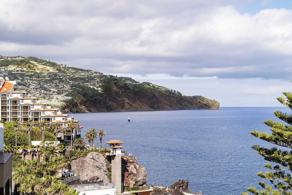 Апартаменти, 3 спальні, ванна з гідромасажем, з видом на море - Пляж