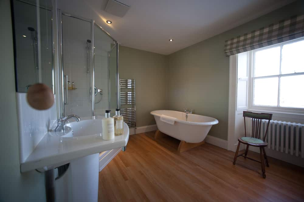 Класичний номер (1 двоспальне або 2 односпальних ліжка) - Глибока ванна