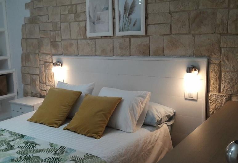 アデヘ ワンダー ゲストハウス, アデヘ, スーペリア ダブルルーム 共用バスルーム, 部屋