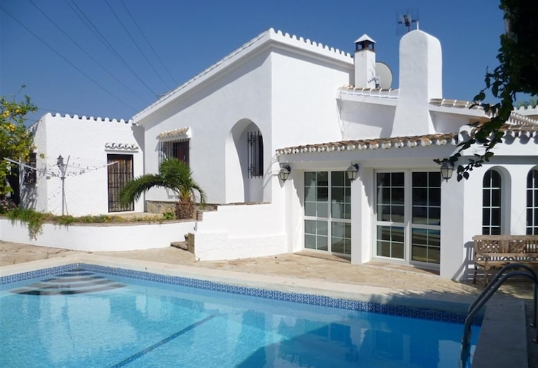 Private Cosy Villa in Marbella Area, Marbella