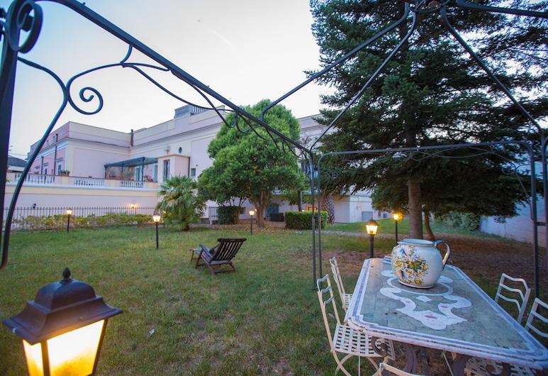 Giardini 82 B&B, Gravina in Puglia, Garden