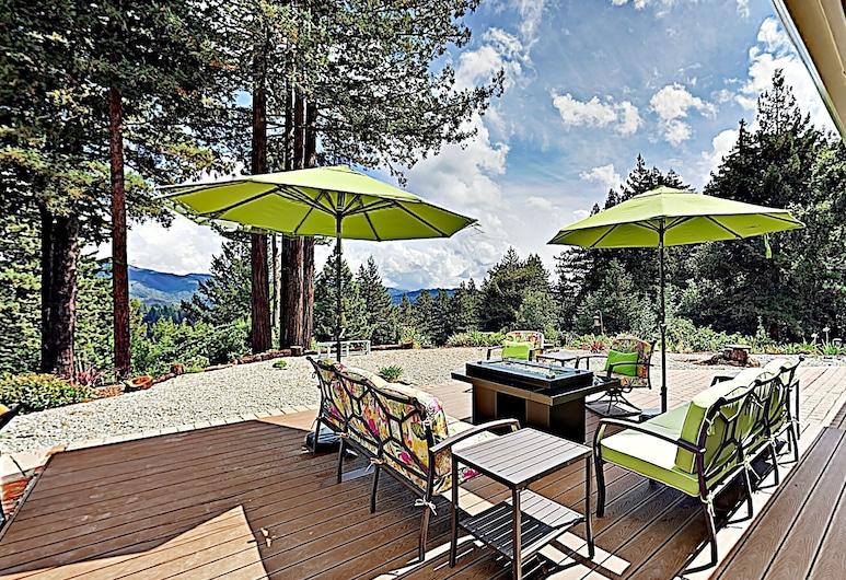 New Listing! Mountain-view Hideaway W/ Hot Tub 4 Bedroom Home, Los Gatos, Kuća, 4 spavaće sobe, Balkon