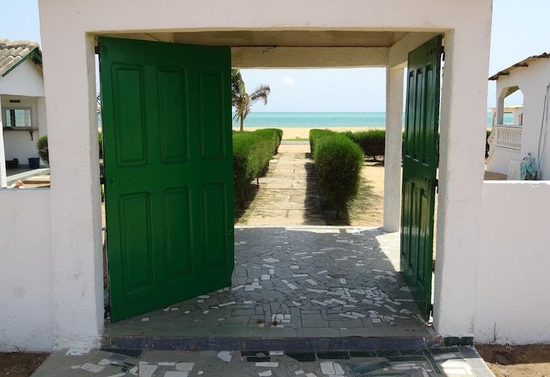 La Côte du Soleil, Aneho, Hotel Entrance