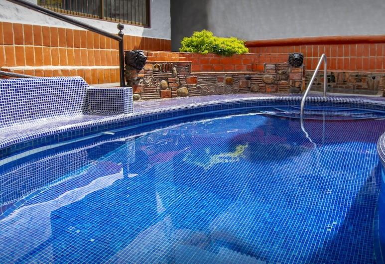 LGBTQ Hotel & Suites - Hacienda Vallarta, Puerto Vallarta, Sundlaug