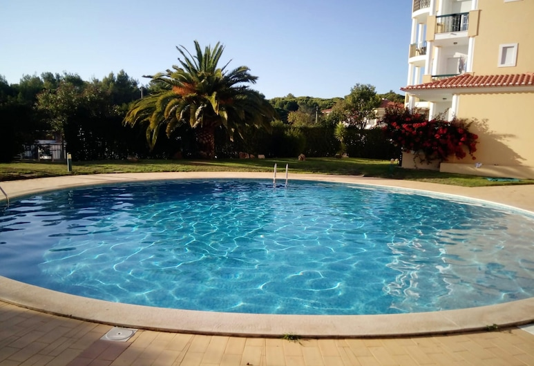 Apartment With 2 Bedrooms in Alcabideche, With Wonderful City View, Shared Pool and Enclosed Garden - 2 km From the Beach, Kaškaiša