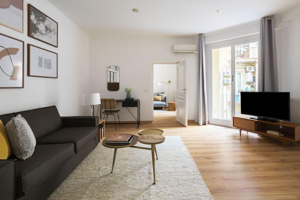 Deluxe Suite, 1 Bedroom, Balcony - Living Room
