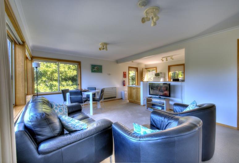 เฟรย์ซิเนต์แซงทูอารี 5, อ่าว Coles, คอมฟอร์ทคอทเทจ, 2 ห้องนอน, ระเบียง, วิวภูเขา, พื้นที่นั่งเล่น