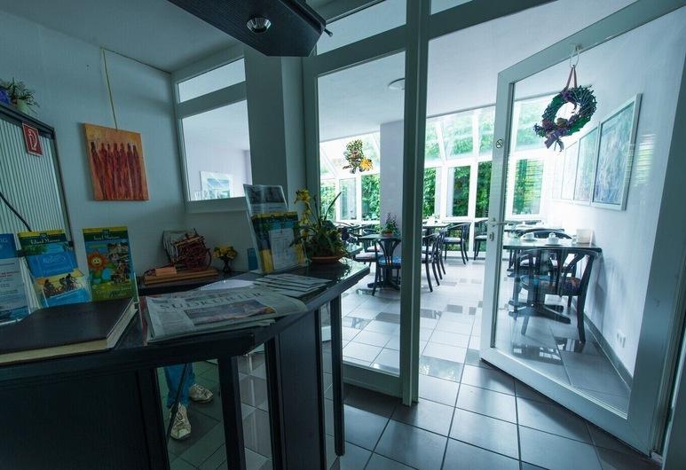 Gästehaus Linde Hotel garni , Konstanz