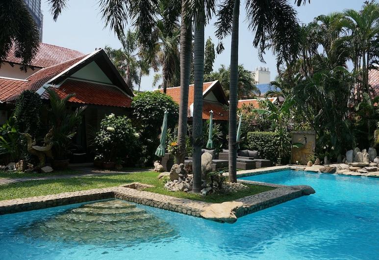 Le Prive Resort, Pattaya
