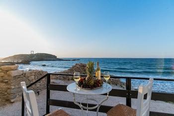 Picture of Portara Seaside Luxury Suites in Naxos