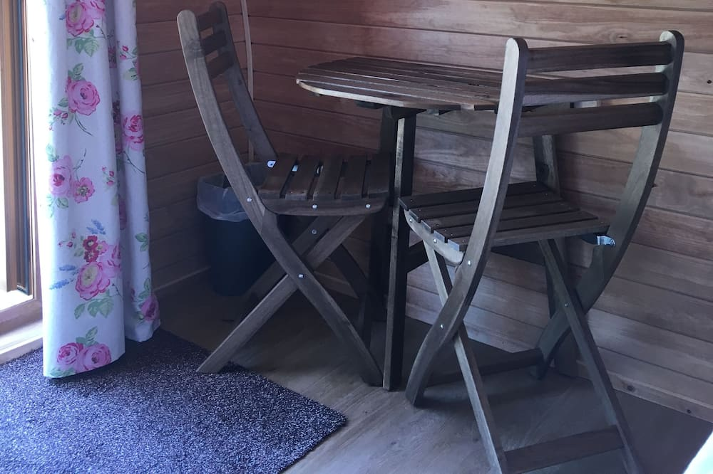 Double Glamping Pod - In-Room Dining