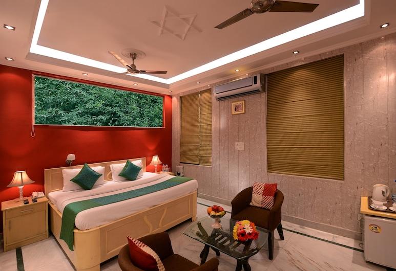 Sands Inn, Gurugram, Basic Double Room, Living Room
