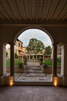 Picture of LUCUS Exclusive Bed and Breakfast in Lucca
