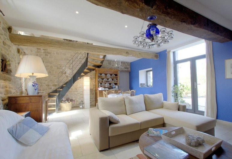 Chambre Du Grand Val - Adults Only, Caden, Double Room, Living Area