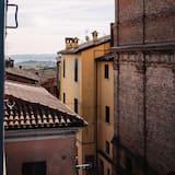 Romantiško stiliaus kambarys - Vaizdas į gatvę