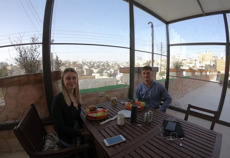 Carob Hostel, Amman, Terrace/Patio