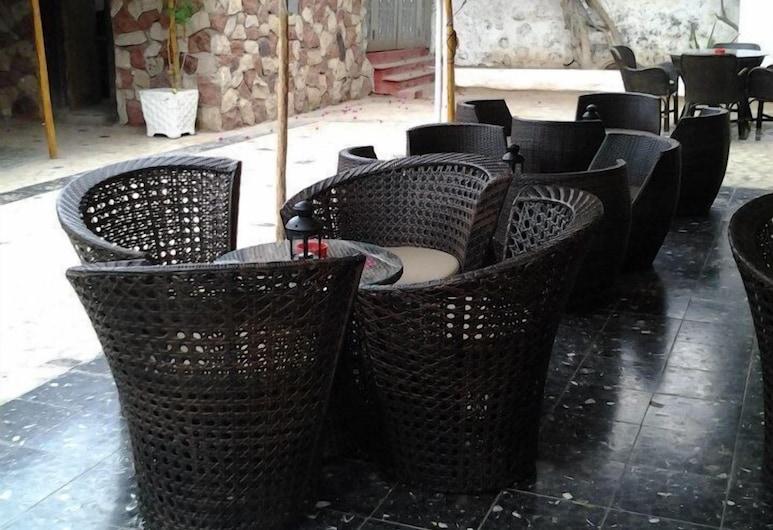 AFRICAN VILLAGE HOTEL, Djibouti, Terrasse/veranda