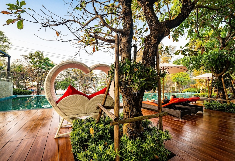 Chatnipa Beach Resort By Morseng, Rayong, Terasa