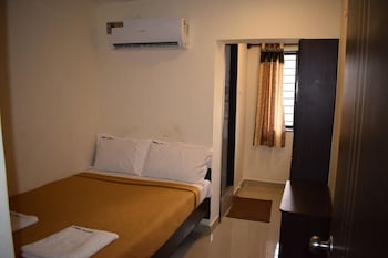 Picture of Maxistay Airport Hotel in Chennai