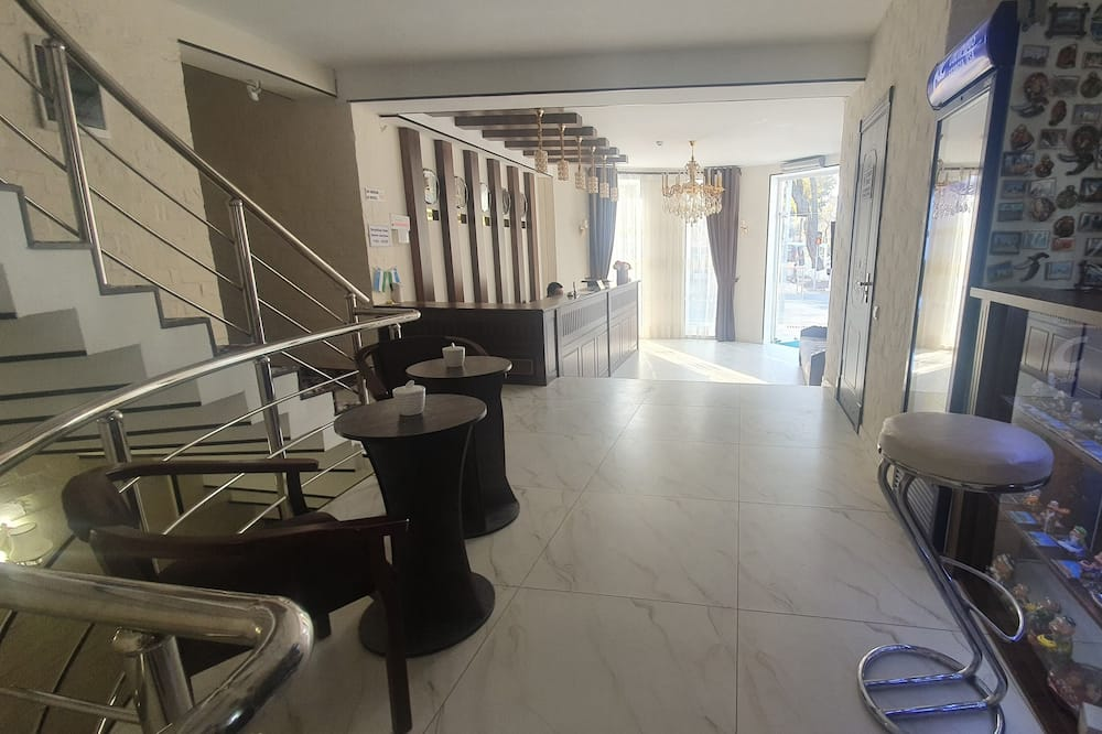 Standard Δίκλινο Δωμάτιο (Twin) - Γεύματα στο δωμάτιο