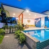 Family Villa - Garden