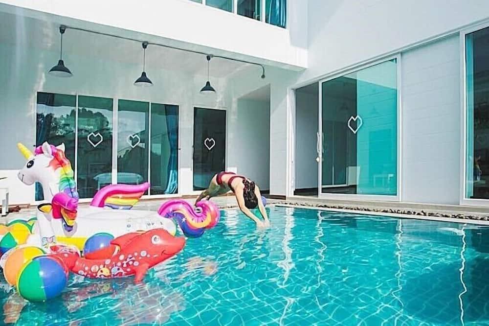 Grand Villa - Pool