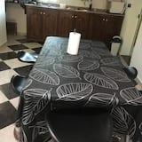 Kuhinja u sobi
