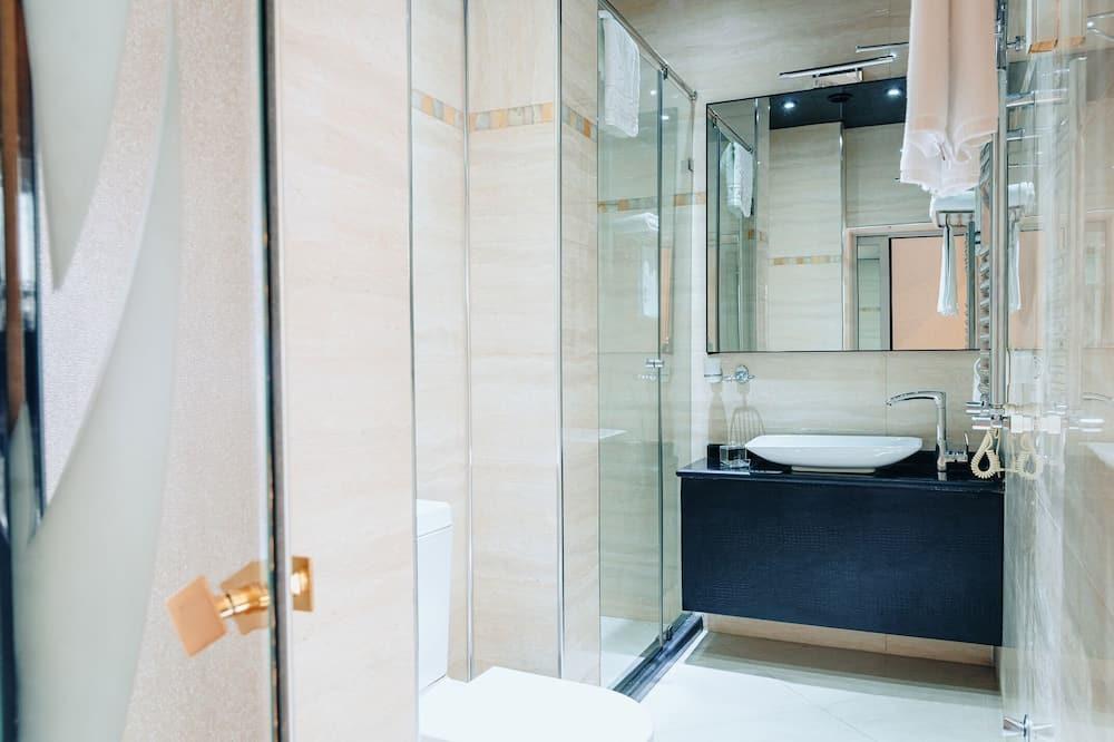 Pagerinto tipo kambarys - Vonios kambarys