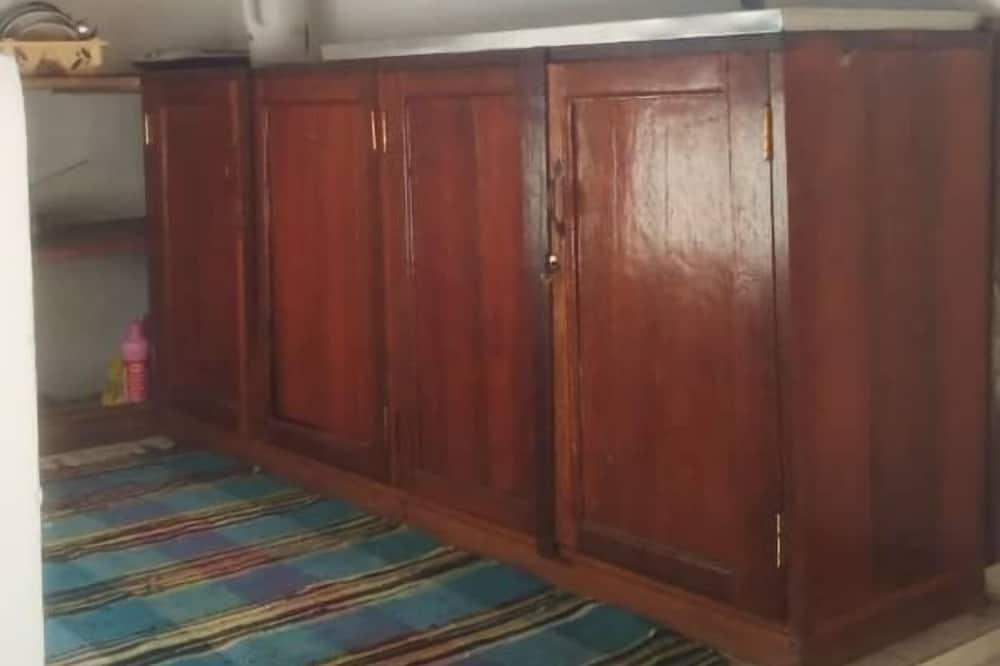Dvivietis kambarys su pagrindiniais patogumais - Bendra virtuvė